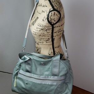 Lululemon overnight or gym bag